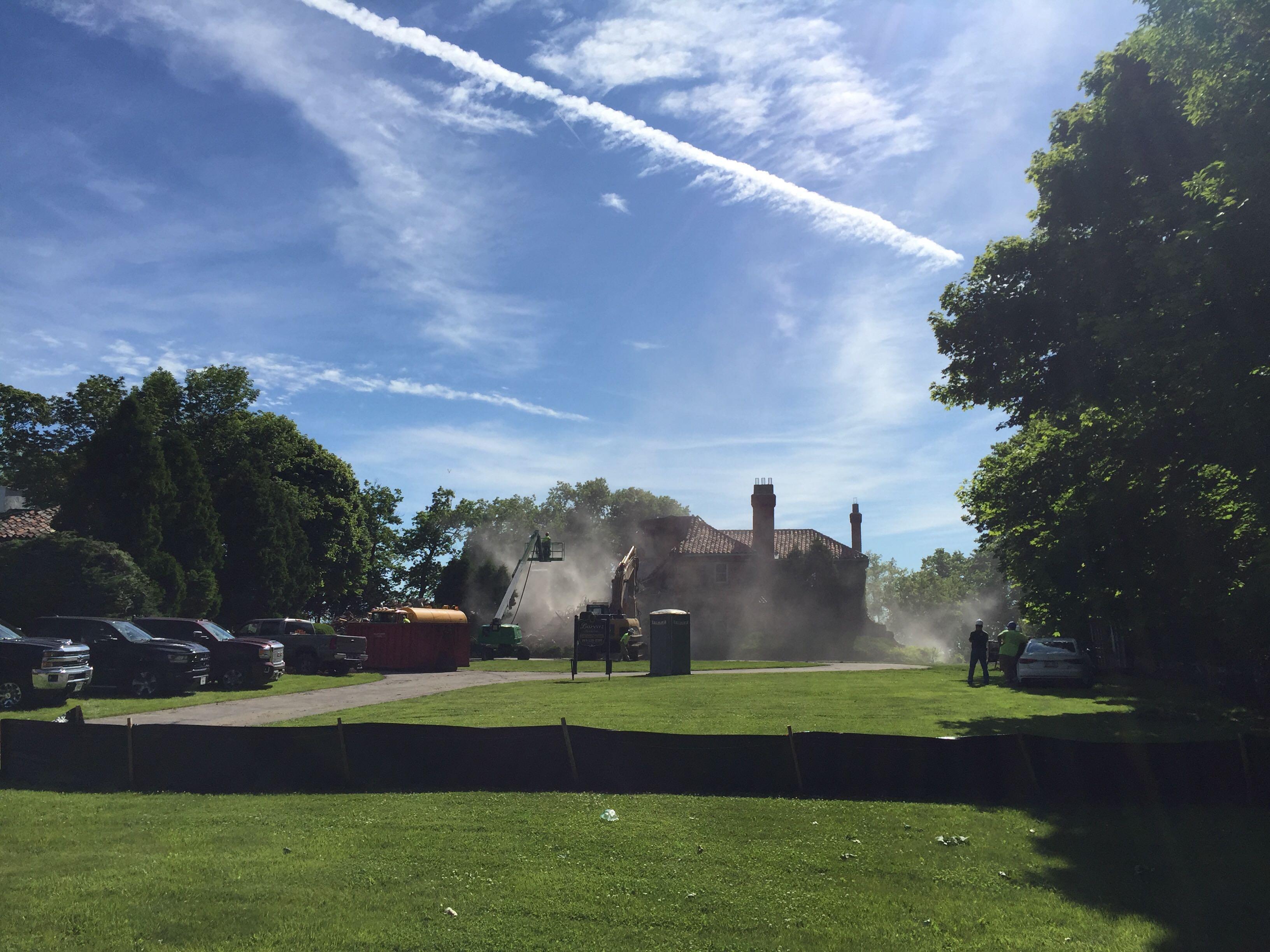 Demolition of Chris Abele's historic Eschweiler mansion. Photo by Dave Reid.