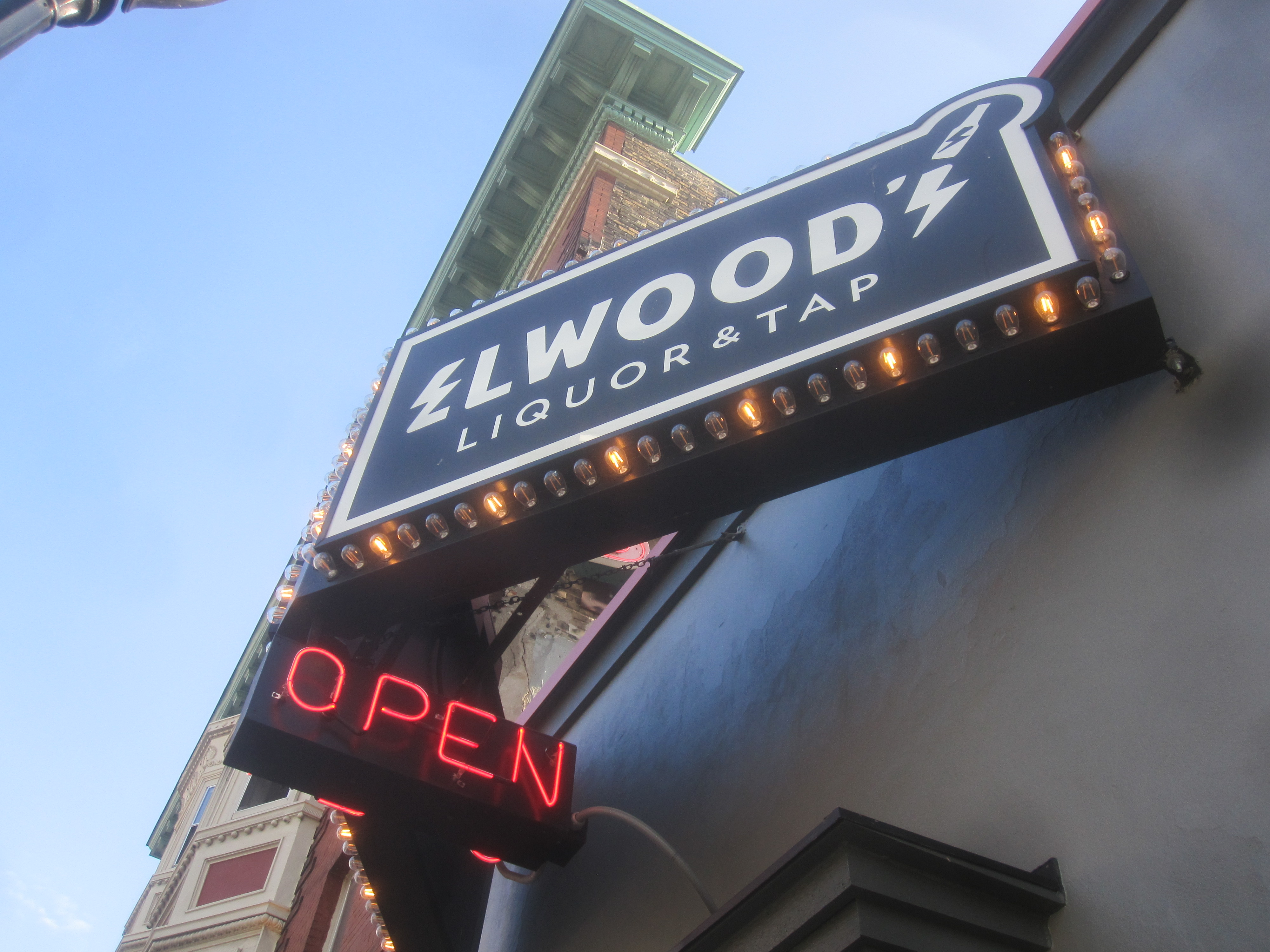 Elwood's Liquor & Tap. Photo by Michael Horne.