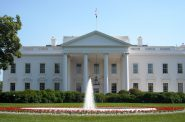 The White House. Photo by AgnosticPreachersKid [CC BY-SA 3.0 (https://creativecommons.org/licenses/by-sa/3.0)]