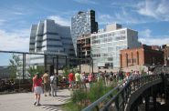 The High Line. Photo by David Berkowitz from New York, NY, USA [CC BY 2.0 (https://creativecommons.org/licenses/by/2.0)].