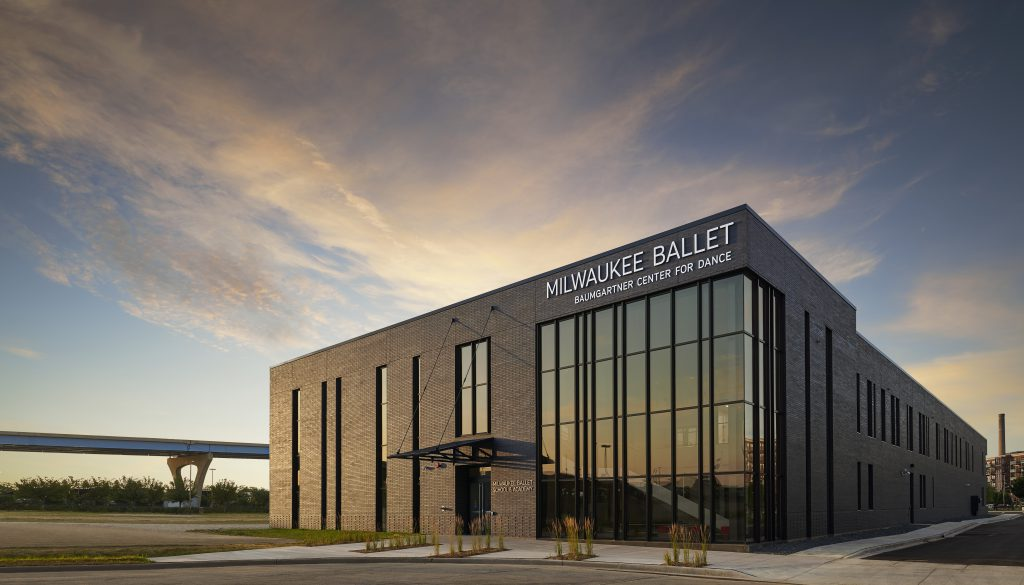 Baumgartner Center for Dance. Photo by Eric Olson, Saturn Lounge, courtesy the Milwaukee Ballet.