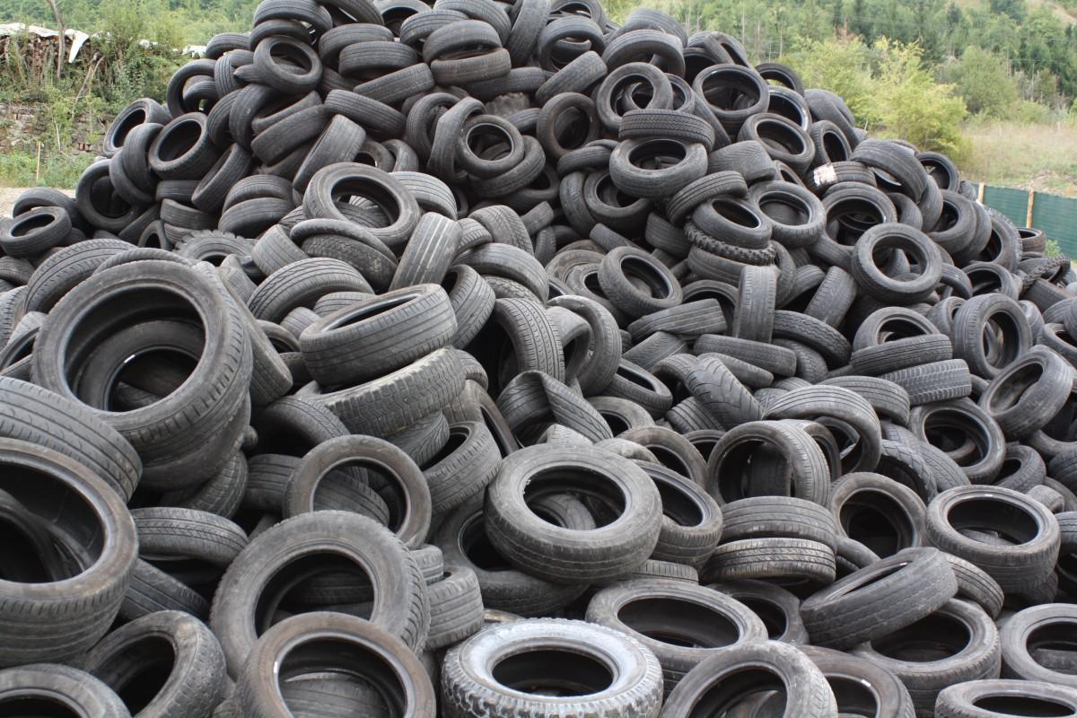Tires. (CC0 Public Domain)