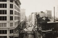 Murdoch & Company, View West of Wisconsin Avenue, Milwaukee, from Pabst Building, 1923/25. Gelatin silver print. Gift of Friends of Art, M1989.410. Copy photo by John R. Glembin.