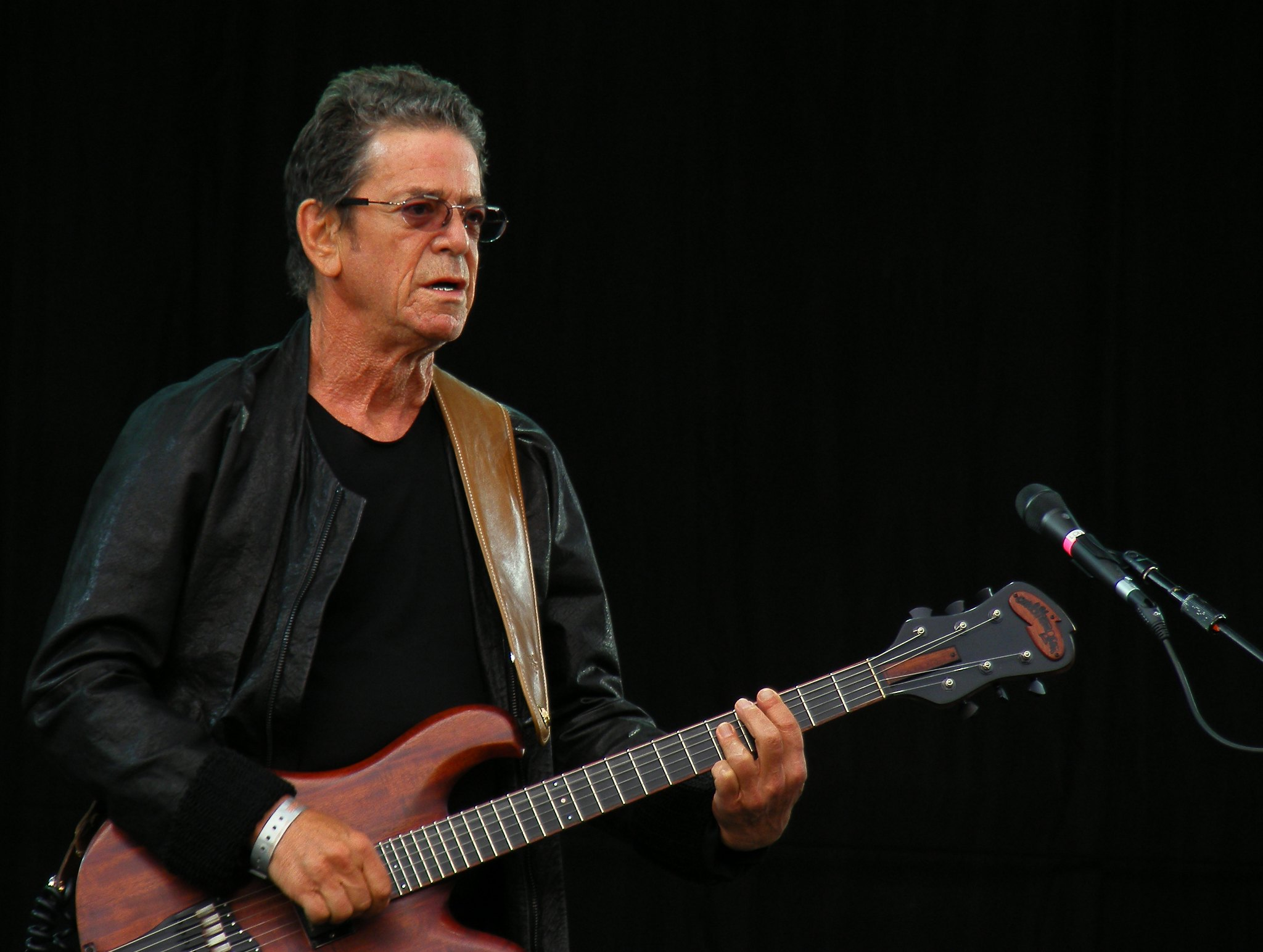 Lou Reed. Photo by Man Alive! (CC BY 2.0) https://creativecommons.org/licenses/by/2.0/