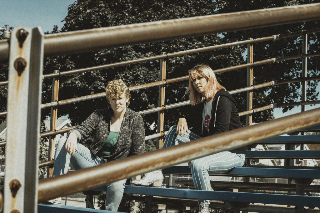 Alaina Landi and Courtney Dorothy Jane. Photo courtesy of Victress Vibes.