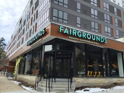 Dining: Don't Try Fairgrounds for Food