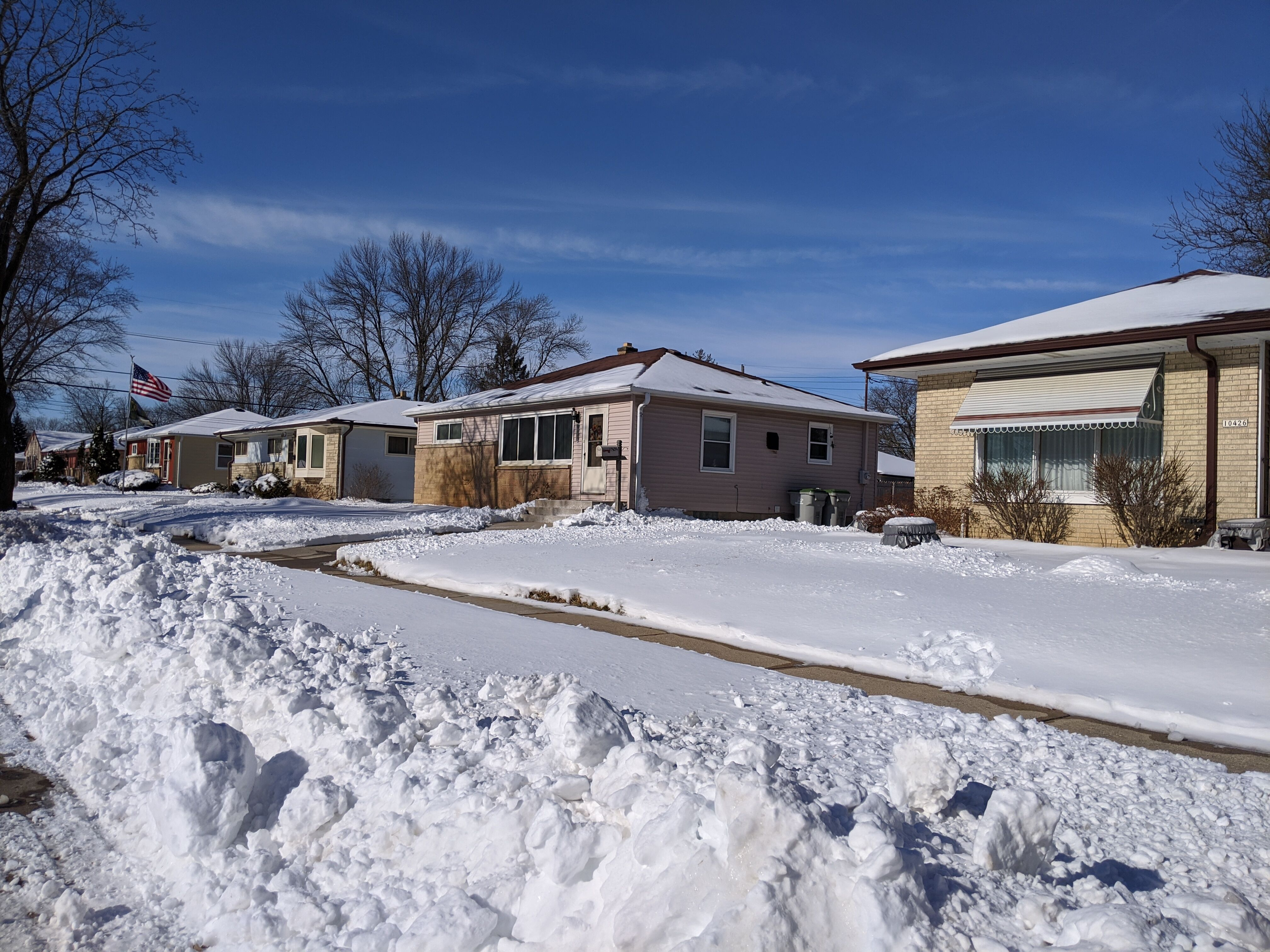 Homes along Custer Avenue. Photo by Carl Baehr.