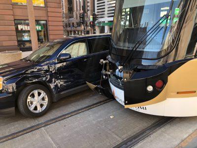 Transportation: SUV Driver Runs Into The Hop