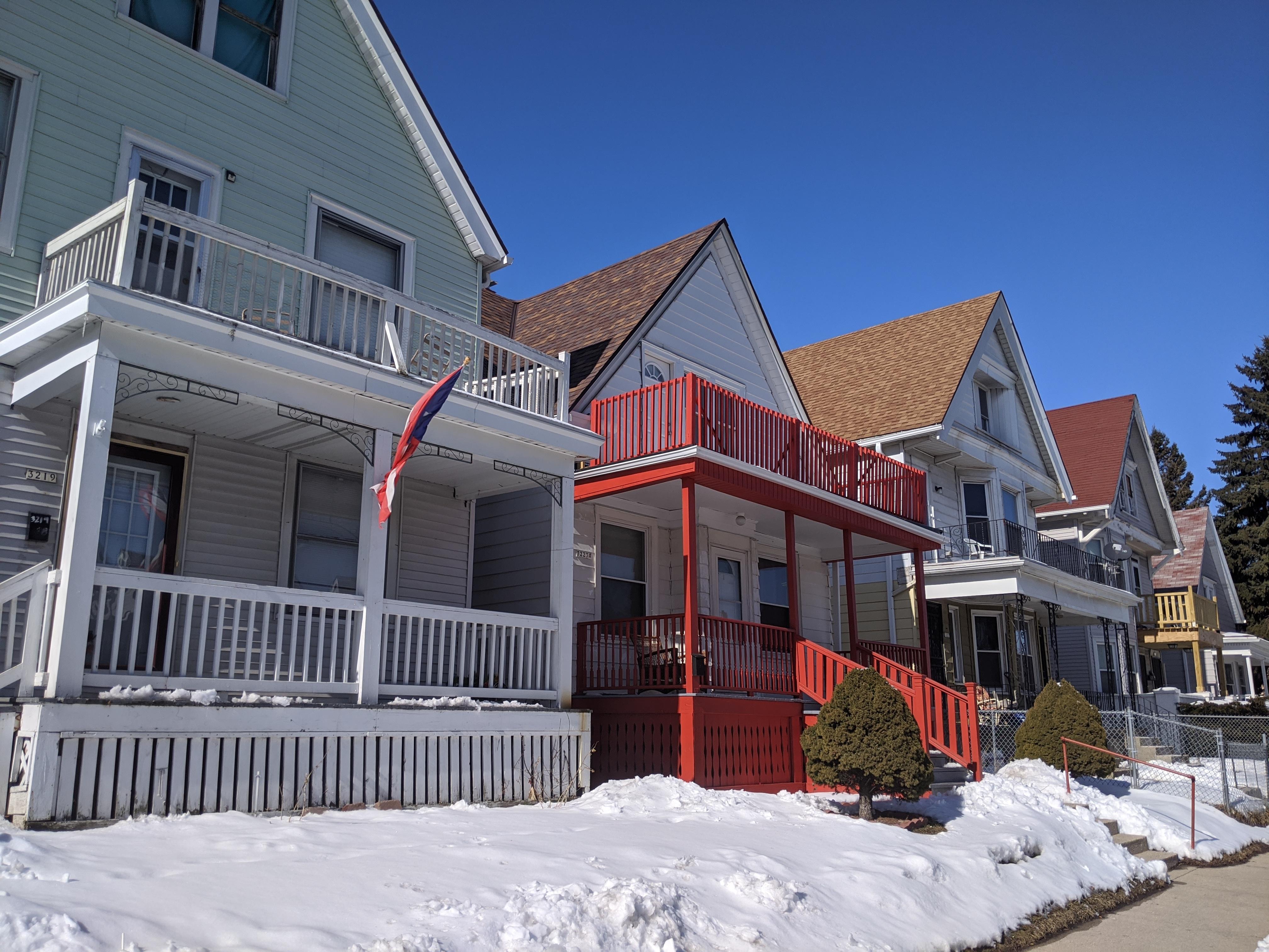 N. Holton Street homes. Photo by Carl Baehr.
