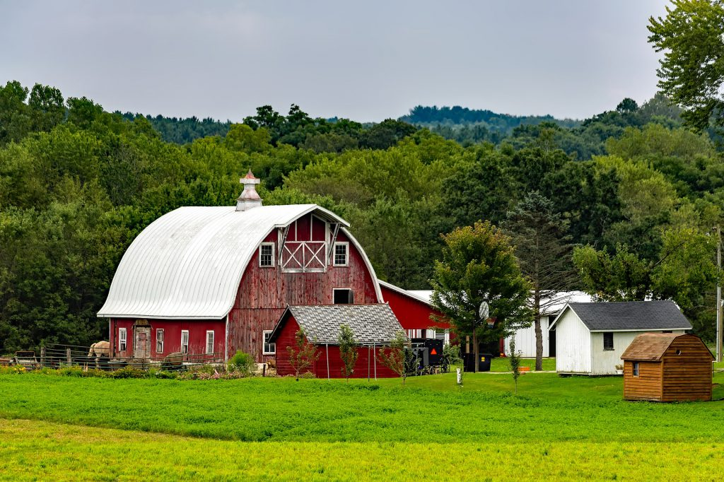 Wisconsin farm. Pixabay License. Free for commercial use. No attribution required.