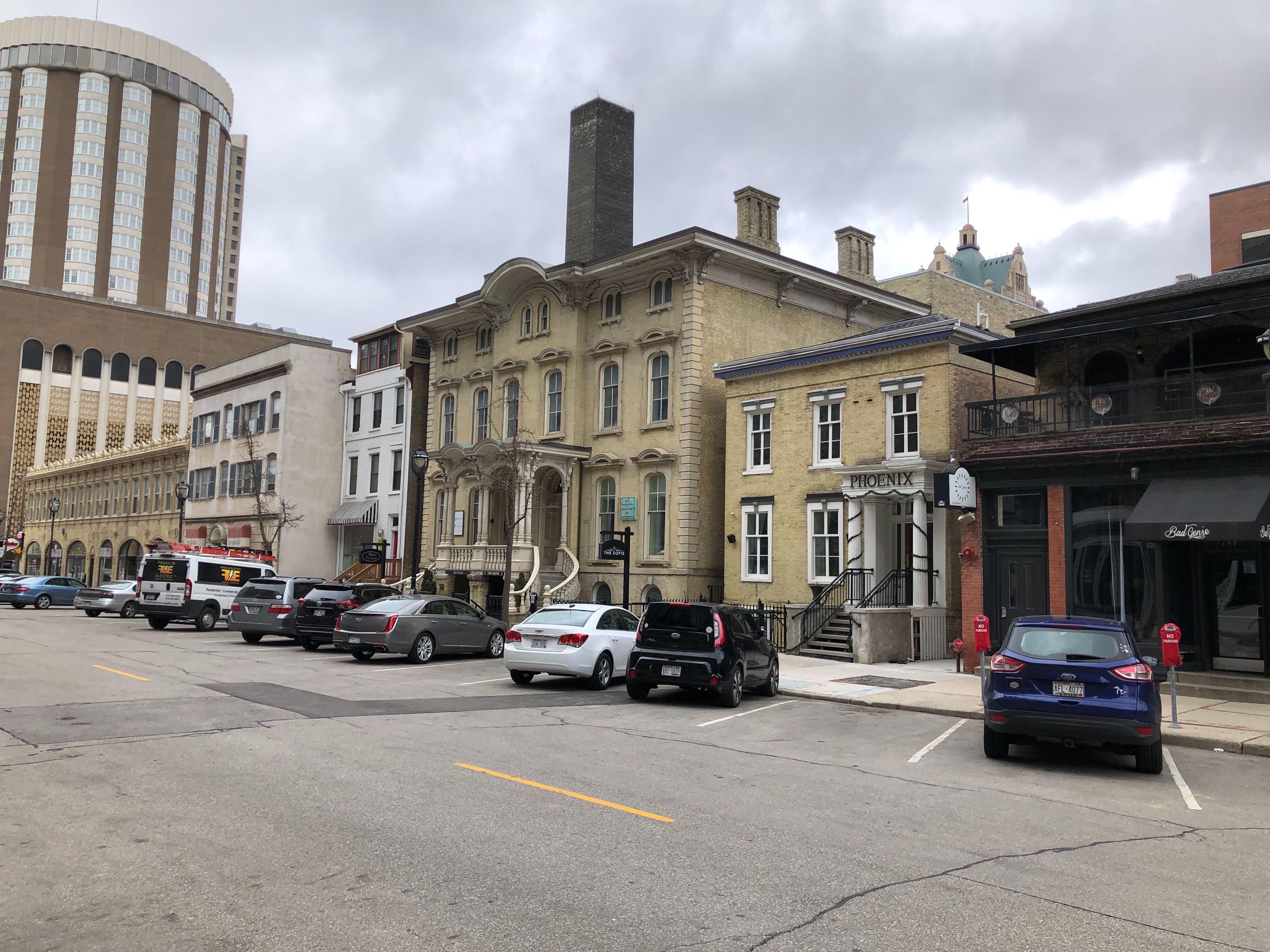 The 750 block of N. Jefferson St. Photo by Jeramey Jannene.