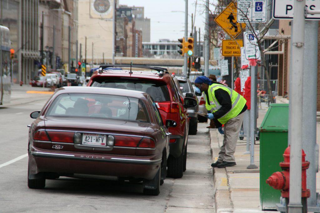 Curbside voting. File photo by Jeramey Jannene.