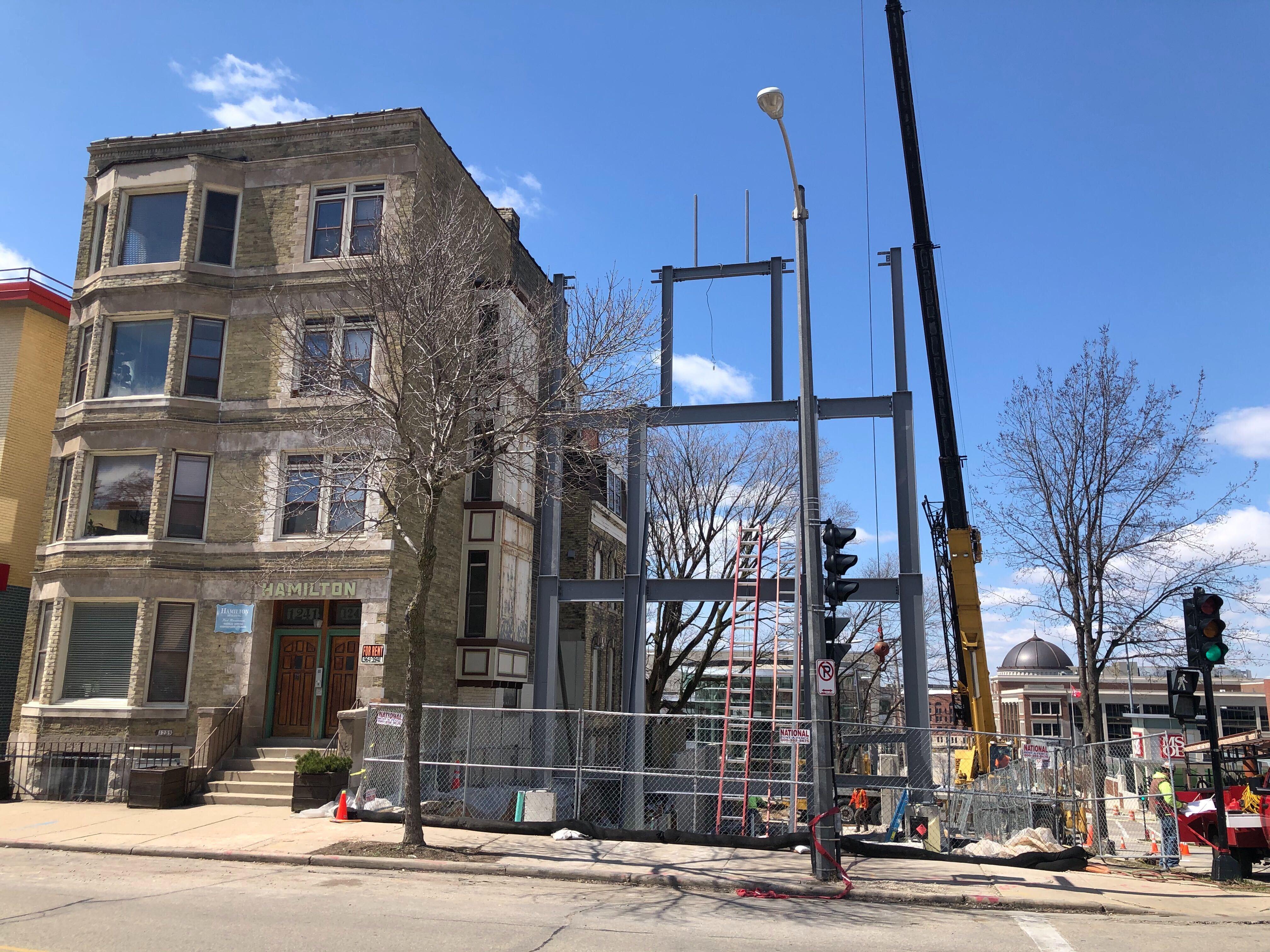 1245-1247 N. Milwaukee St. apartment building construction. Photo by Jeramey Jannene.
