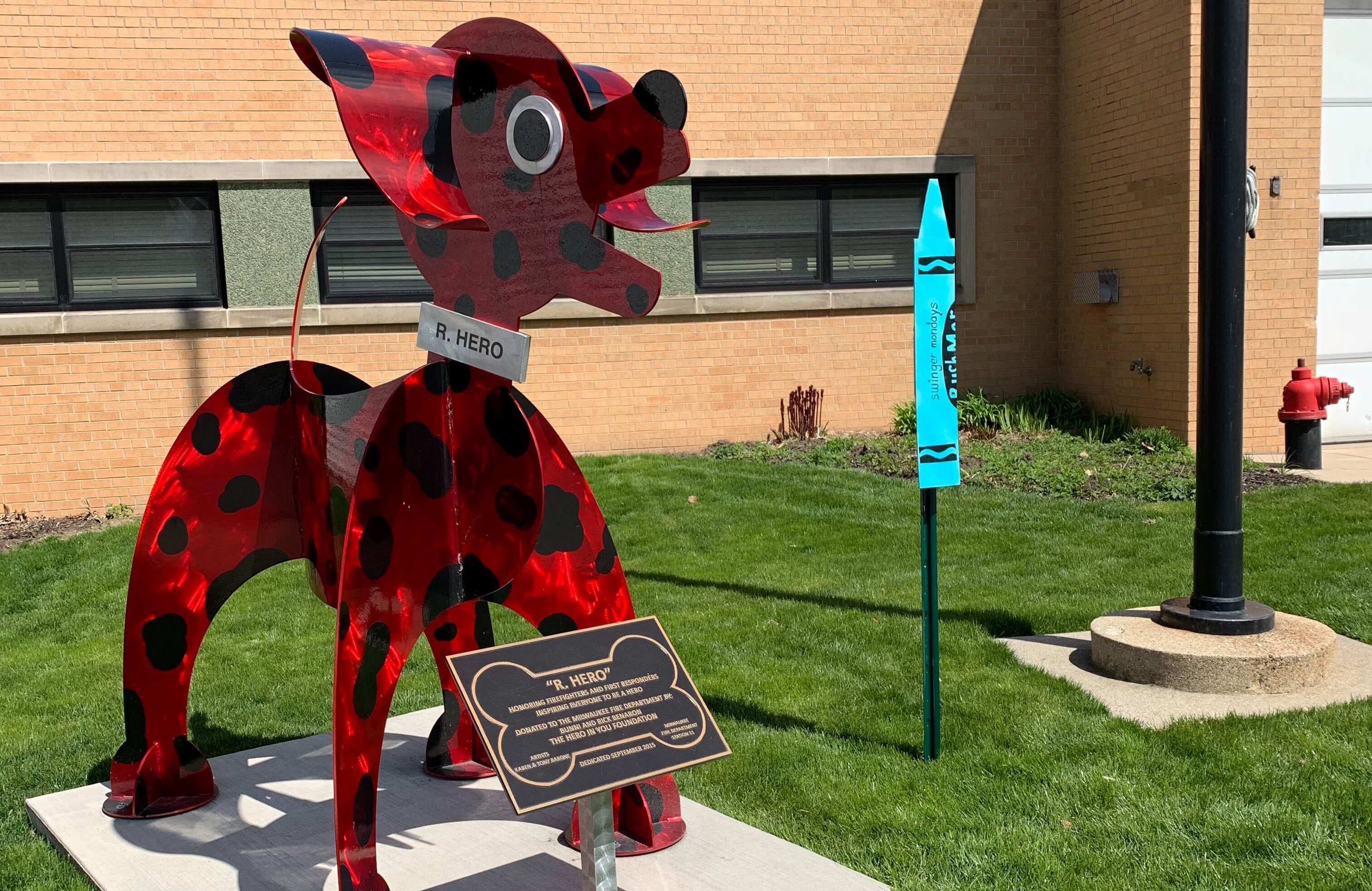 """""""Swinger Mondays"""" crayon outside the firehouse on S. Kinnickinnic Ave. Photo by Alison Peterson."""