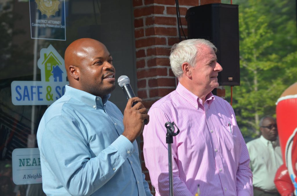 Keith Stanley and Mayor Tom Barrett in 2015. Photo by Jack Fennimore.