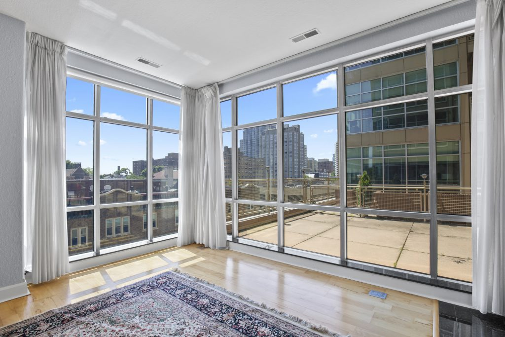1550 E. Royall Pl., #413. Photo courtesy of Corley Real Estate.