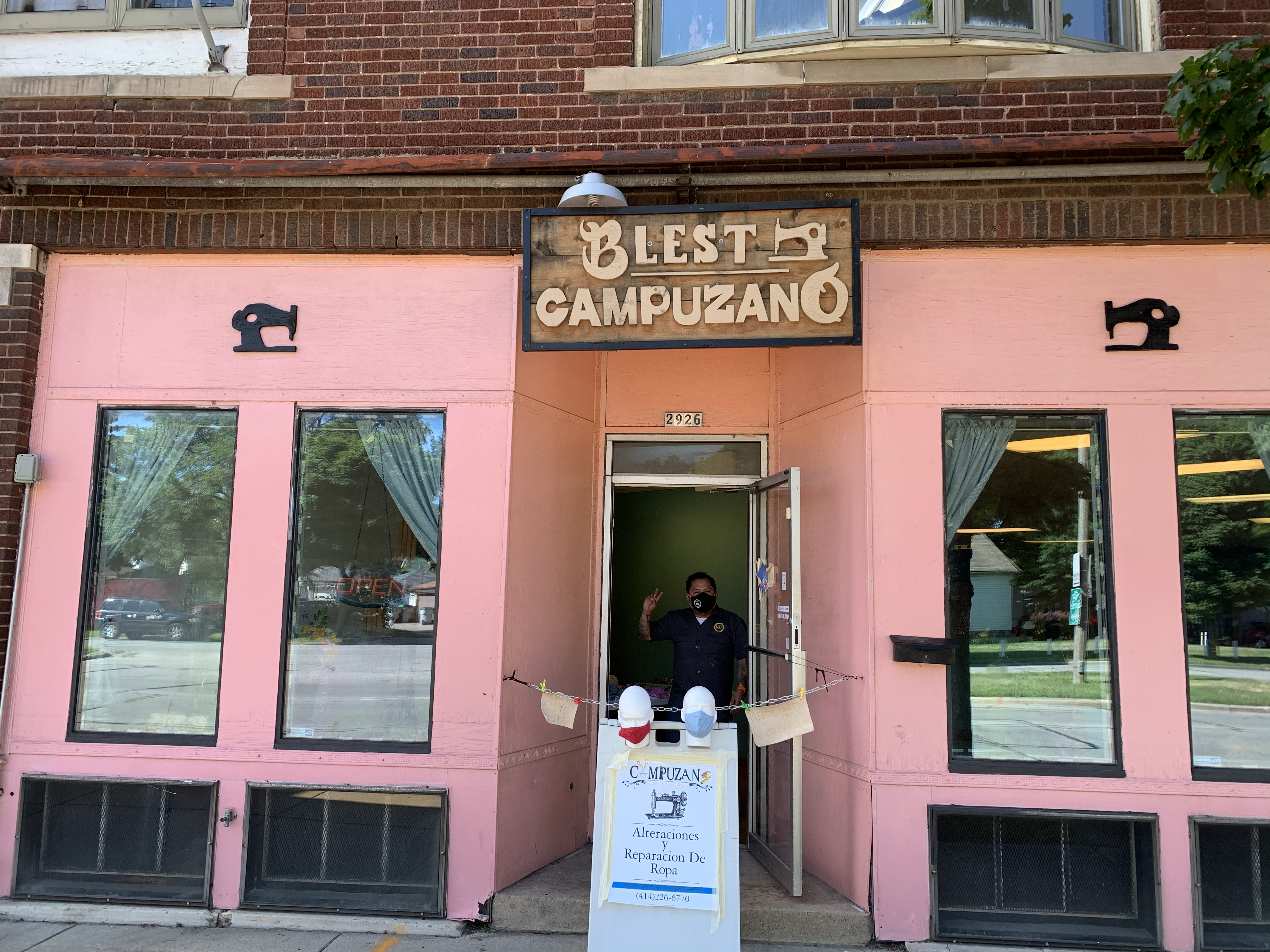Blest by Campuzano, 2926 W. Forest Home Ave. Photo by Juan Miguel Martinez.