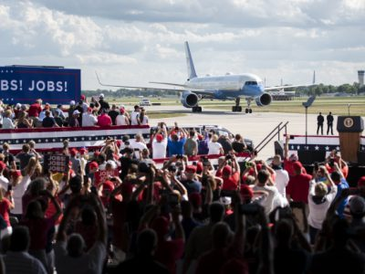 Trump Touts Economy in Oshkosh