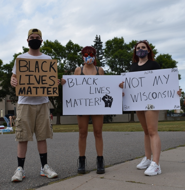 Protesters gathered in Wausau on Tuesday night to demonstrate against the shooting of Jacob Blake in Kenosha. Rob Mentzer/WPR