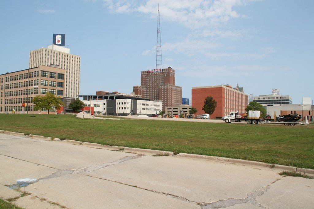 Development site owned by Marquette University. Photo by Jeramey Jannene.