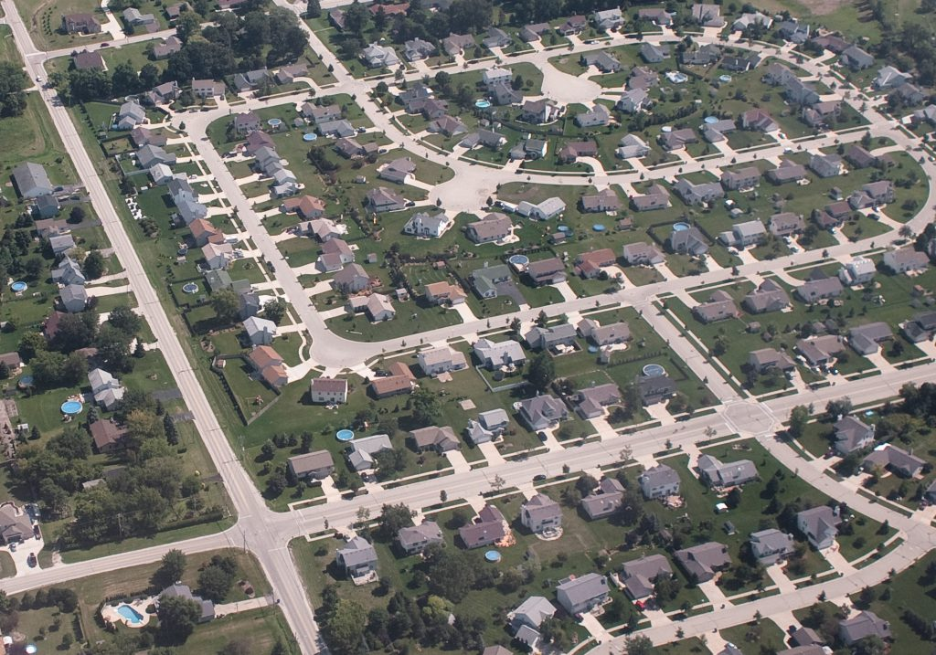 Milwaukee suburbs. Photo by Richard rxb Flickr. (CC BY-SA 2.0) https://www.flickr.com/photos/rxb/4009943611/ https://creativecommons.org/licenses/by-sa/2.0/