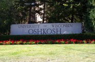 University of Wisconsin-Oshkosh. Photo by Royalbroil at English Wikipedia. / CC BY-SA (https://creativecommons.org/licenses/by-sa/2.5)
