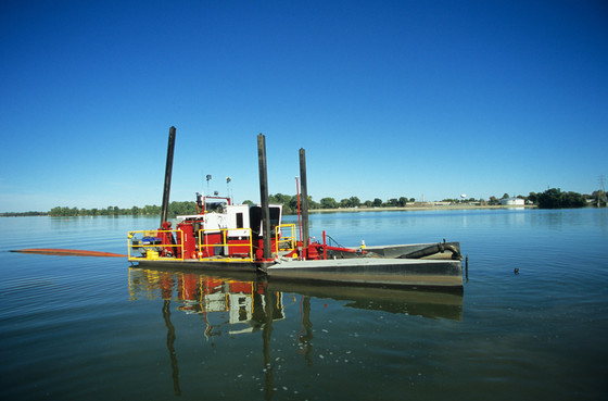 The project removed 6.5 million cubic yards of contaminated sediment through hydraulic dredging. / Photo Credit: Wisconsin DNR