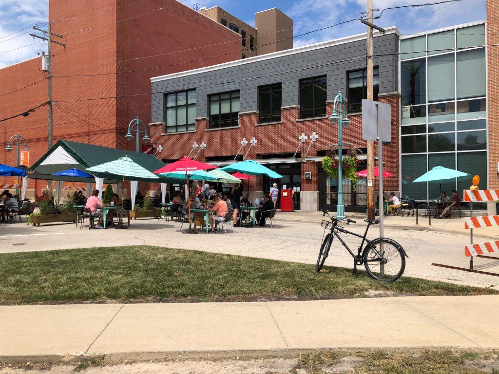 Sidewalk and street dining outside Club Charlie's and Bavette on E. Menomonee St. Photo by Jeramey Jannene.