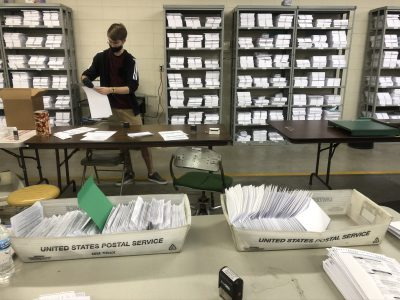Milwaukee A Leader In By-Mail and In-Person Early Voting