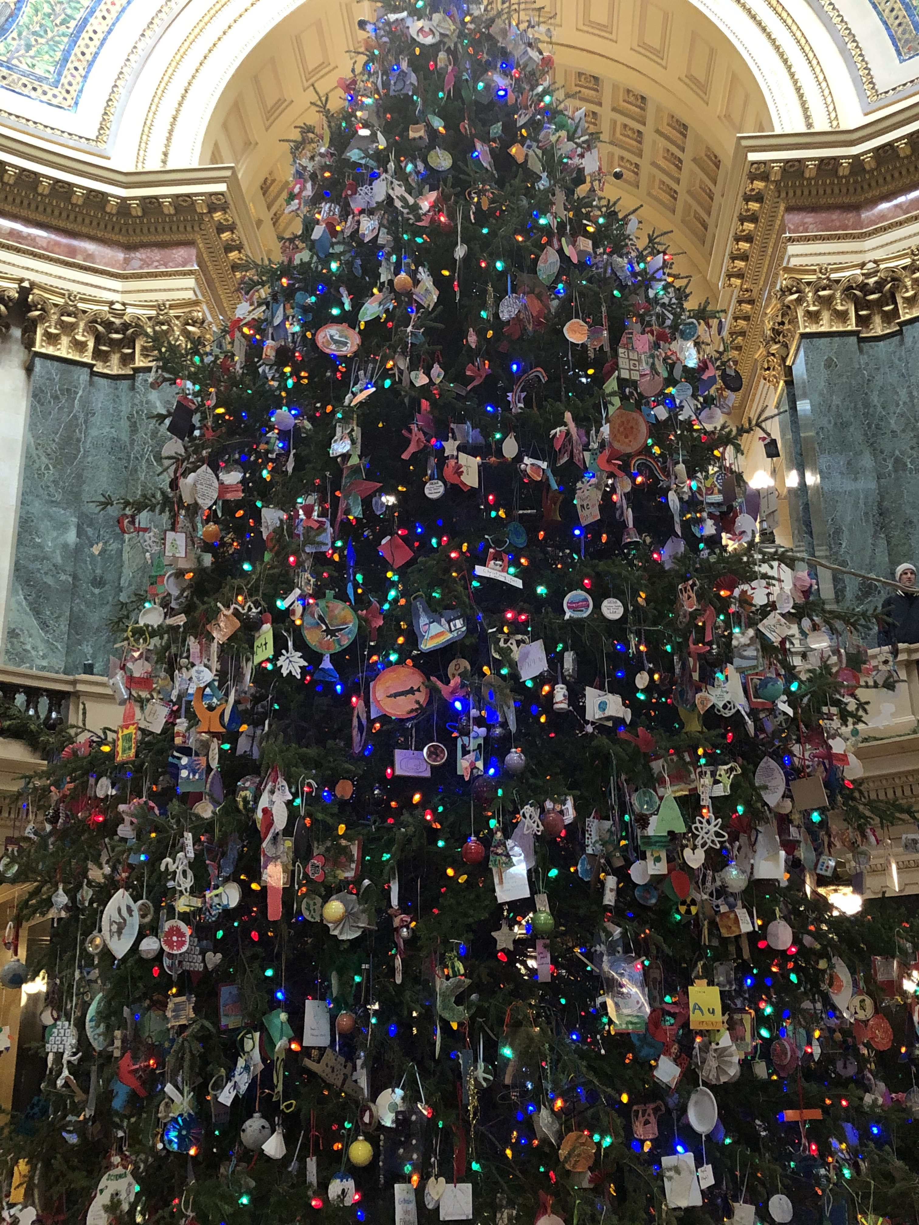 Wisconsin State Capitol Christmas Tree 2020 The 2020 War On Christmas? » Urban Milwaukee