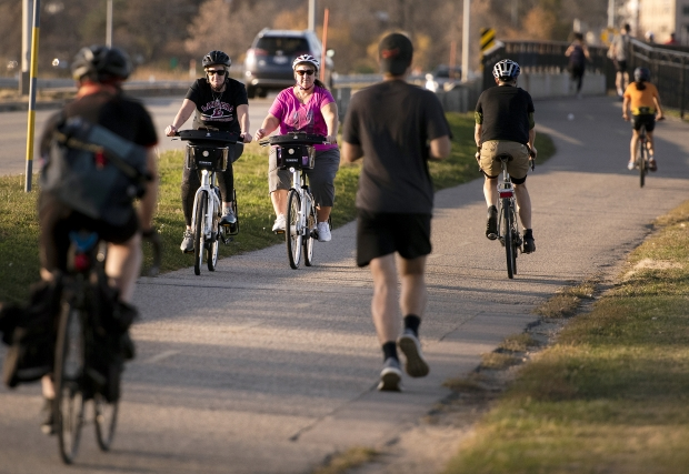 Bicyclists and runners take advantage of a sunny afternoon Thursday, Nov. 5, 2020, in Madison. Angela Major/WPR