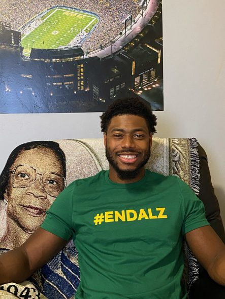 Adrian Amos wearing a #ENDALZ Green and Gold T-Shirt. Photo courtesy of the Alzheimer's Association Wisconsin Chapter.