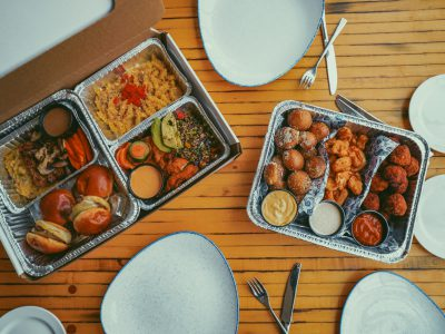 """Lowlands Group Launches """"On the Go"""" Program Featuring Family-Style Dining and Snackable Boxes"""