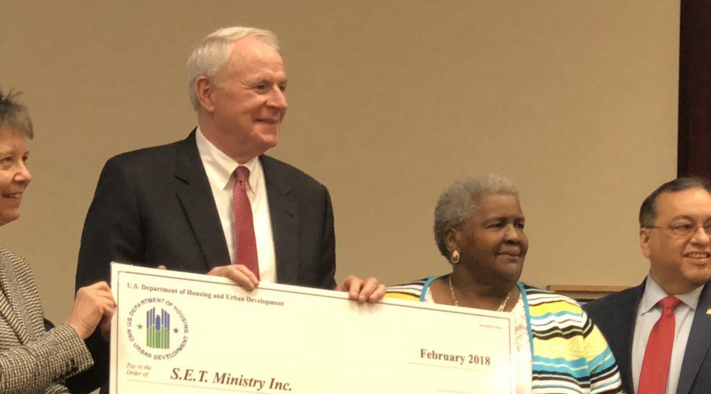 Mayor Tom Barrett and Ann Wilson accept a grant in 2018. File photo by Jeramey Jannene.