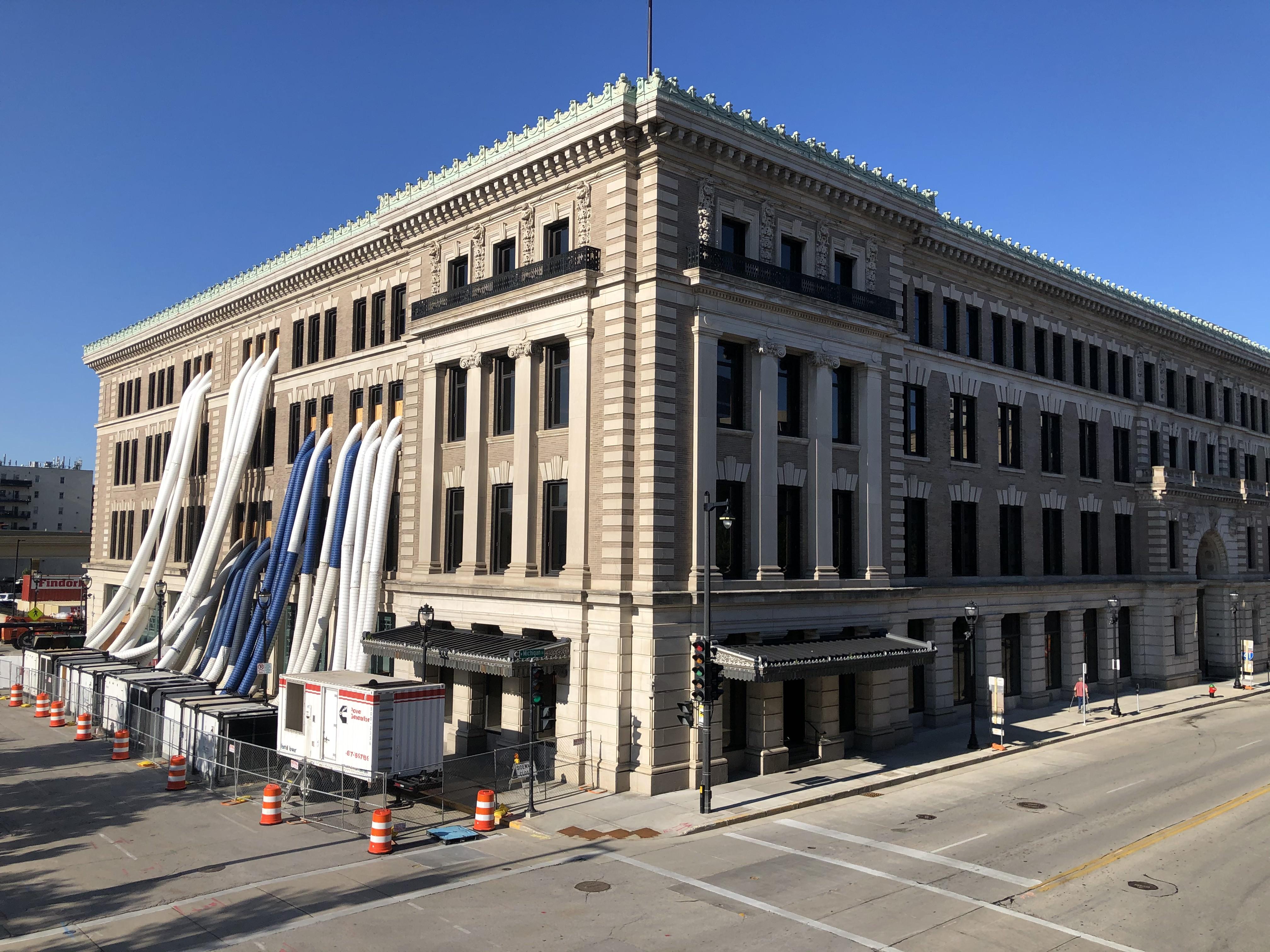 The Public Service Building in August 2020. Photo by Jeramey Jannene.