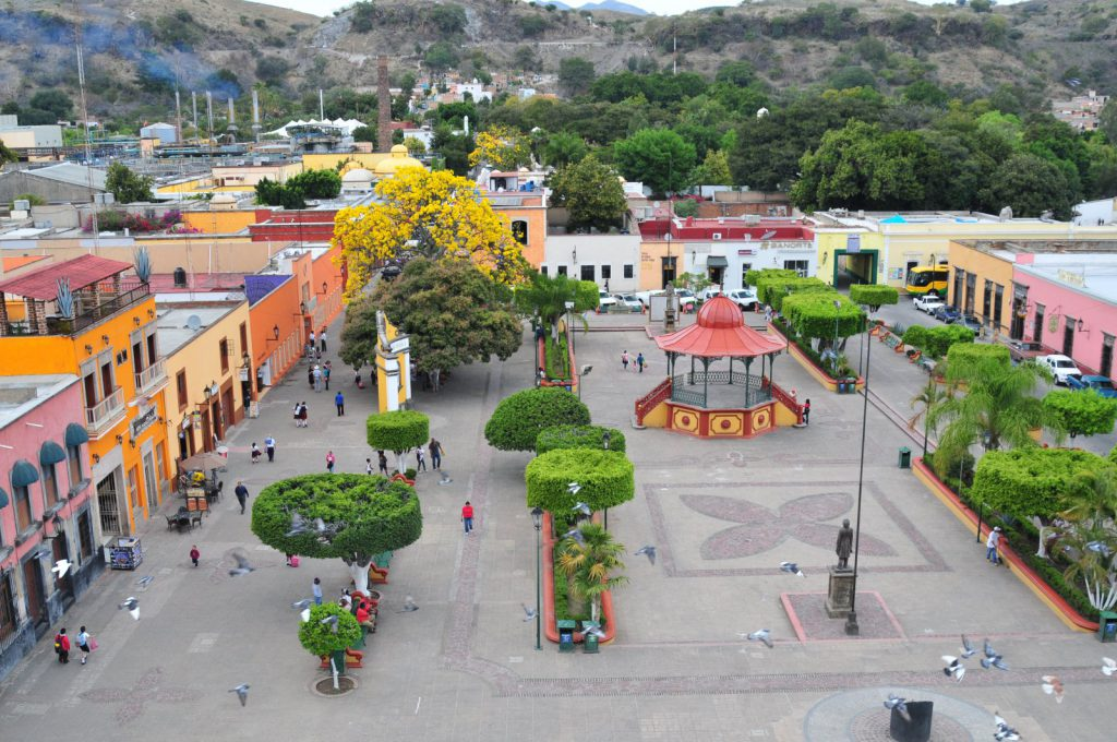 Tequila Town Plaza. Photo courtesy of the Florentine Opera Company.