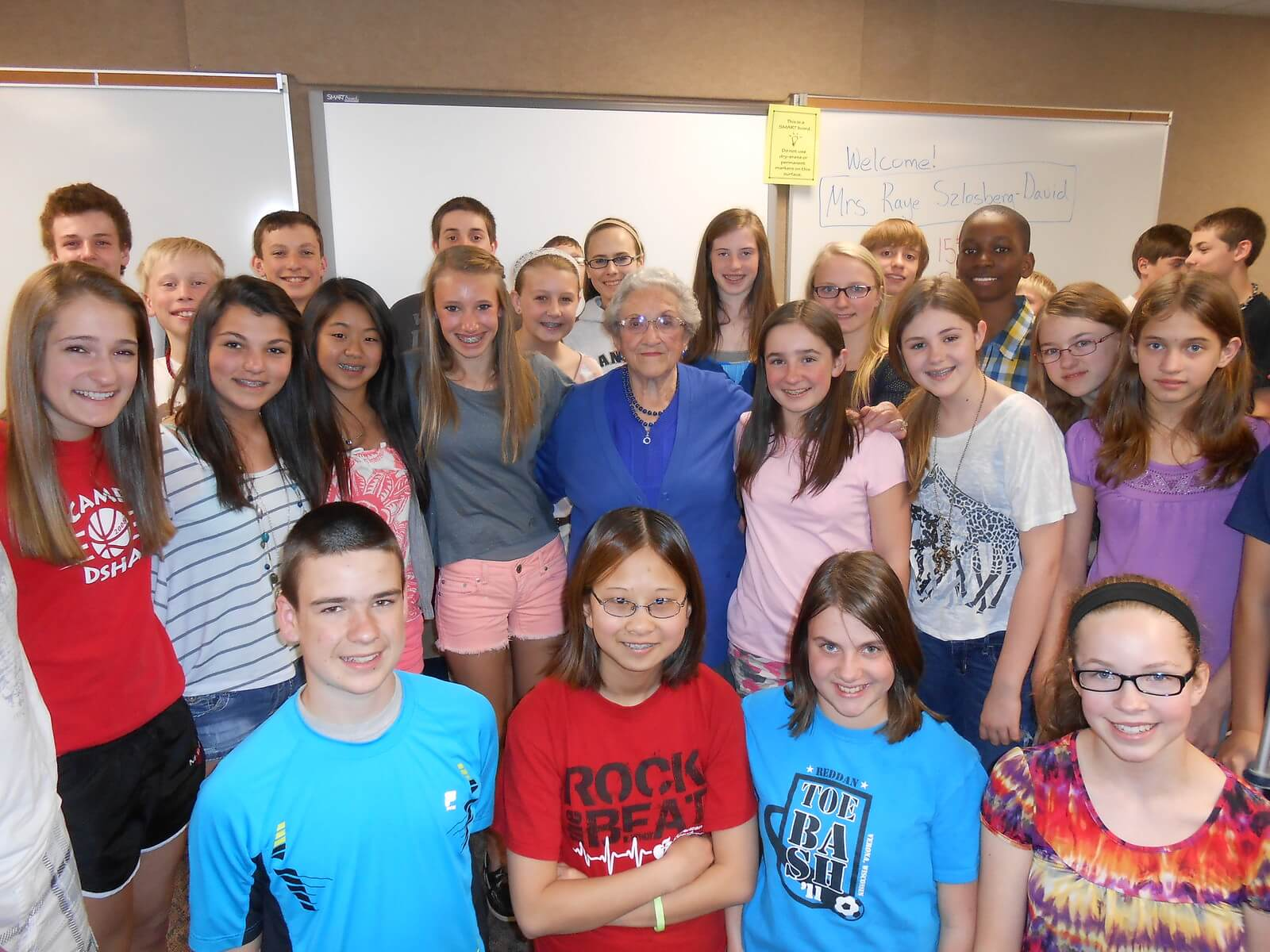 Raye David (center) from the Speakers Bureau of the Holocaust Education Resource Center (HERC)/Wisconsin Examiner.