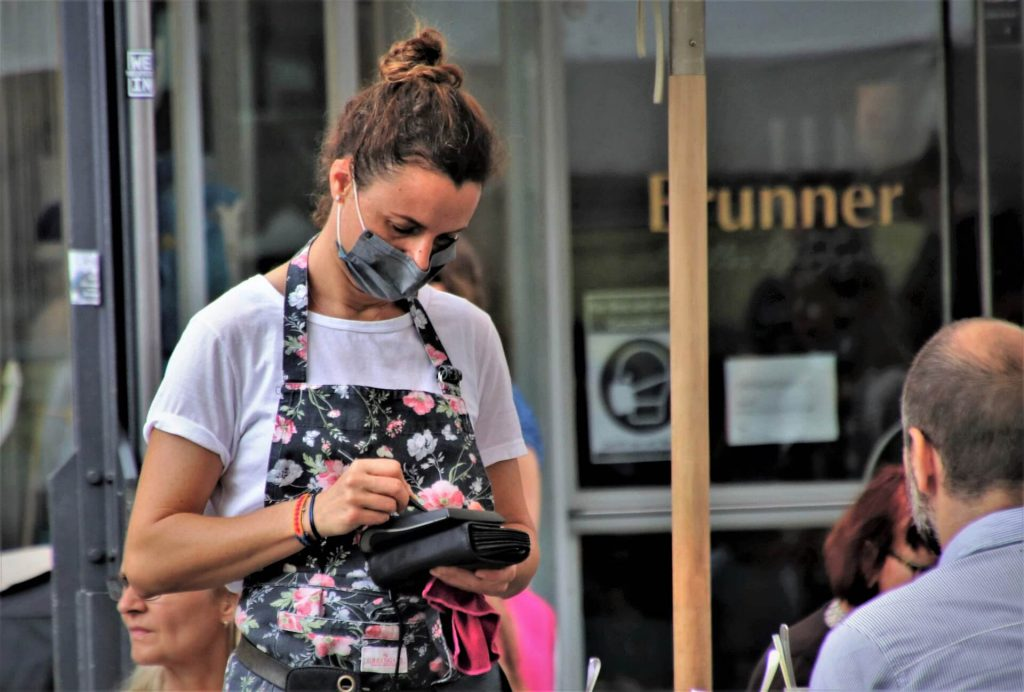 Waitress. (Pixabay License)