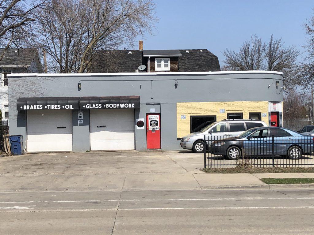 Elite Auto Sales & Repairs, 632 E. Center St. Photo taken March 30th, 2021 by Dave Reid.