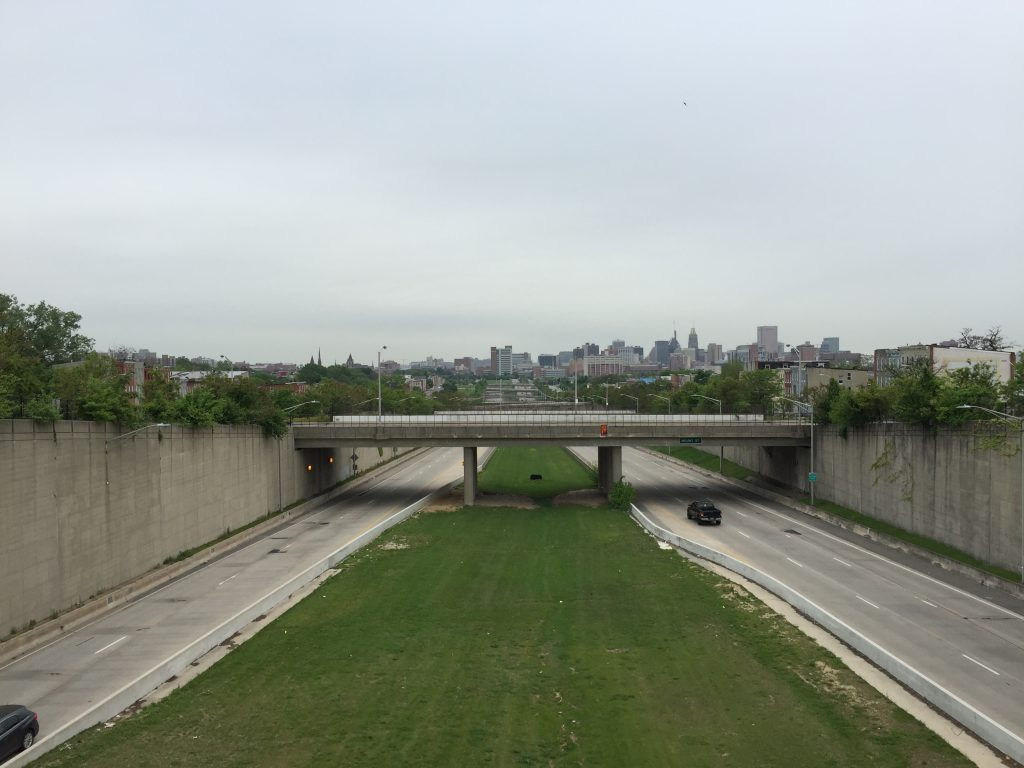 """Baltimore's """"Highway to Nowhere"""" along Route 40. Photo by Famartin, CC BY-SA 4.0 , via Wikimedia Commons"""