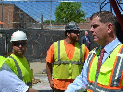 U.S. Labor Secretary Visits Milwaukee