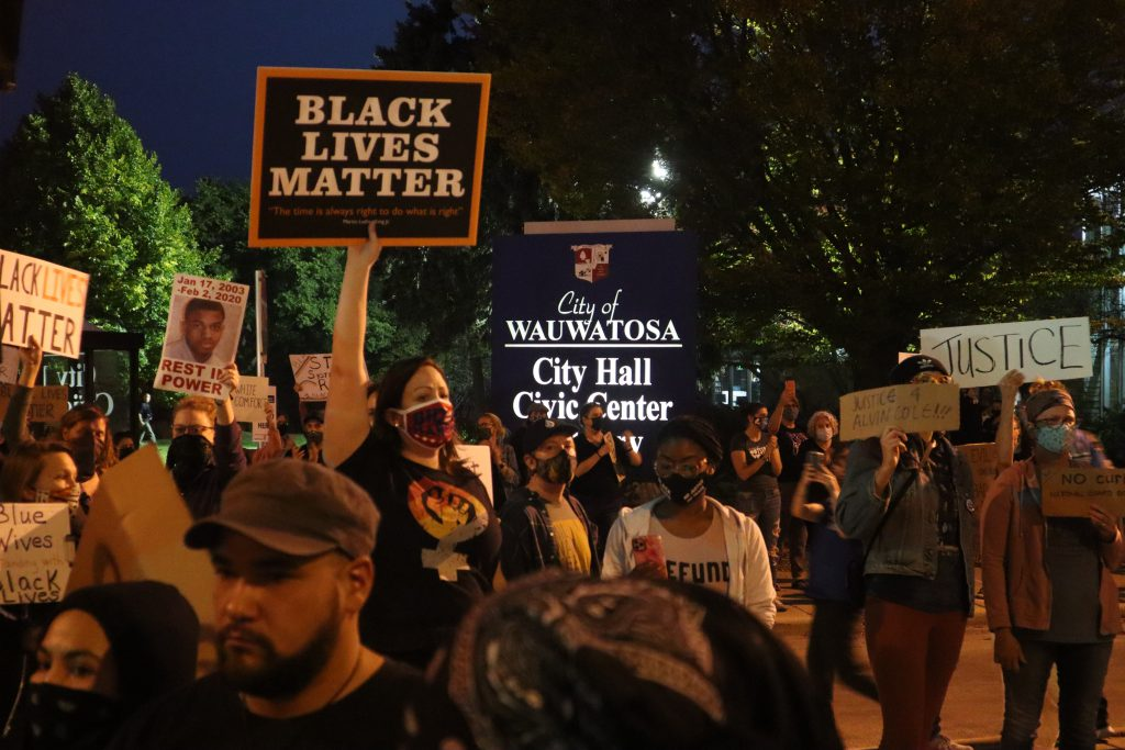 Protesters march toward Wauwatosa as the curfew sets in. Photo by Isiah Holmes/Wisconsin Examiner.