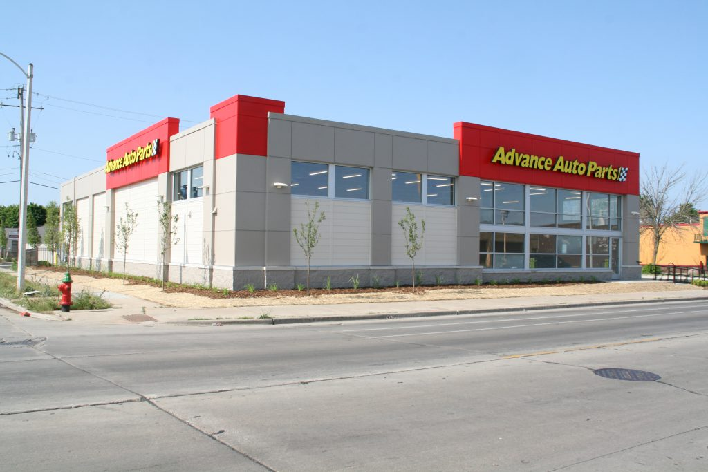 New AutoZone store at 2329 W. North Ave. Photo by Jeramey Jannene.