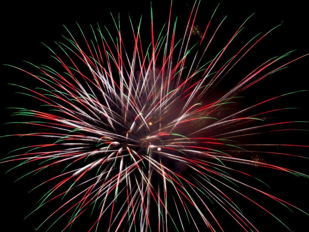 Fireworks. (Pixabay).