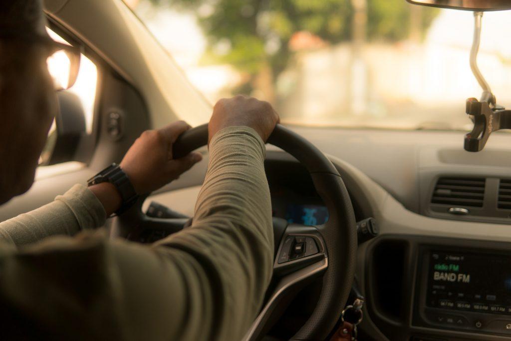 Uber driver. (Pixabay License).