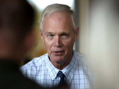 Johnson Says Overwhelmed Hospitals Not a 'Massive Crisis'