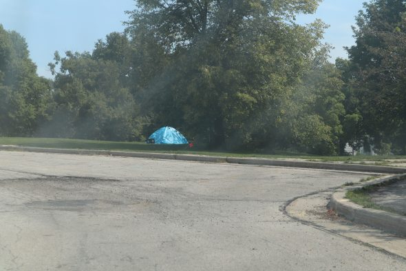 A lone tent in King Park, in Milwaukee. Photo by Isiah Holmes/Wisconsin Examiner.